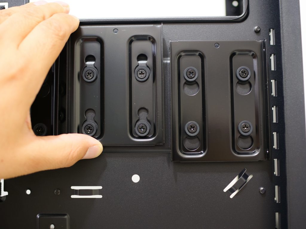 Phanteks enthoo luxe 2 SSD back